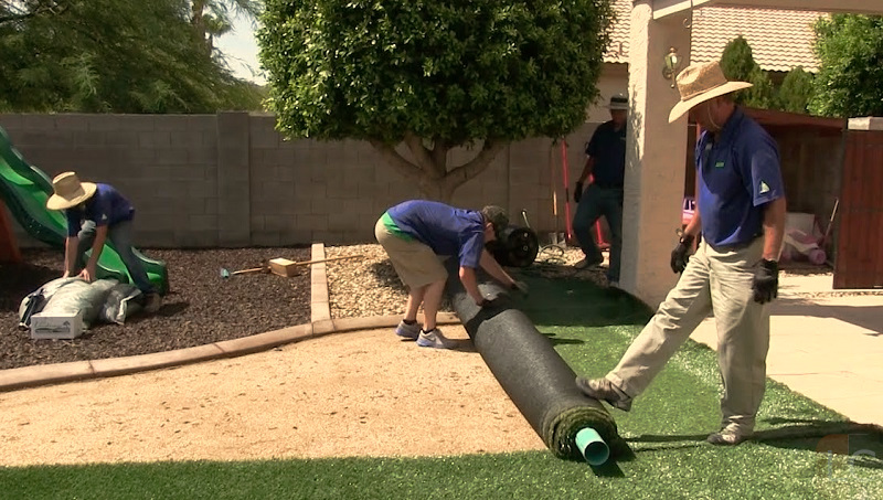 Laying artificial grass - How to lay artificial turf