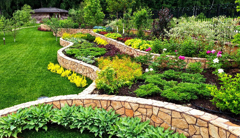 Retaining wall - how to build a retaining wall
