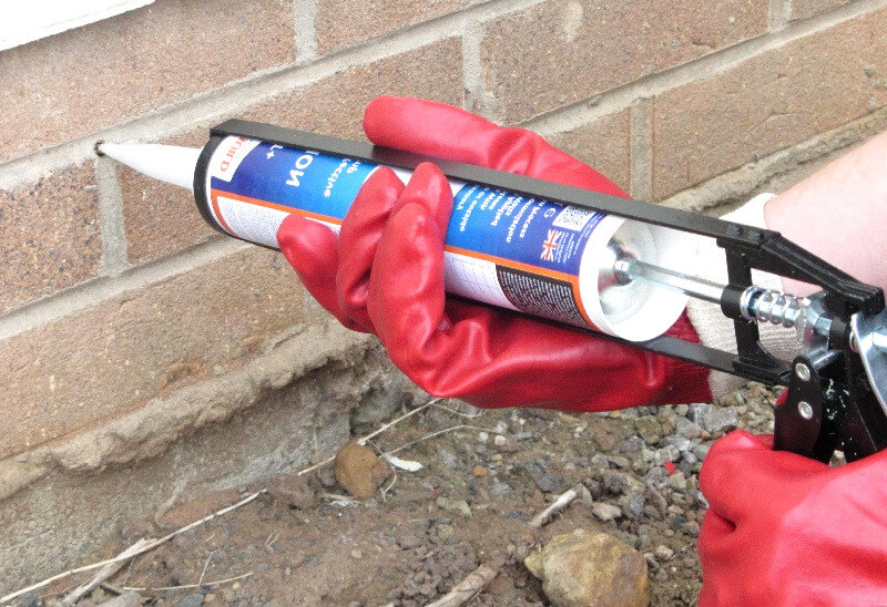 chemical damp proof course - rising damp -how to stop rising damp
