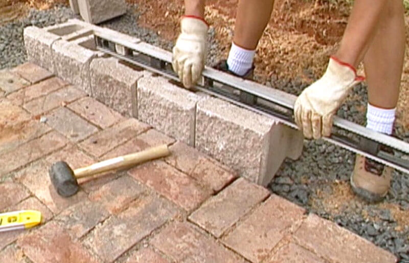 First retaining wall layer - how to build a retaining wall