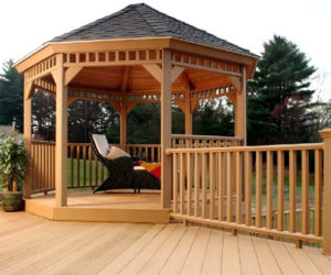 freestanding deck- how to build a deck