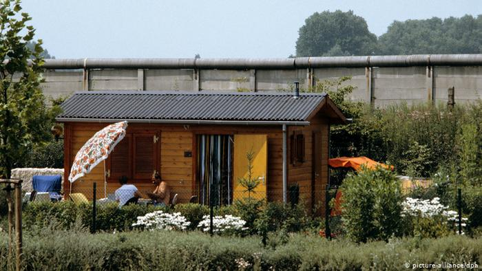 why the germans love their allotment gardens | dw | 12.08.2020