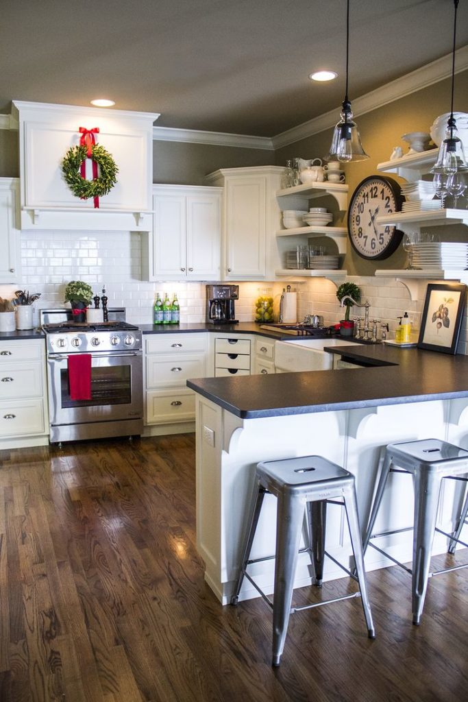The 7 Best Cabinet Paint Colors for a Happier Kitchen, According to Interior Designers