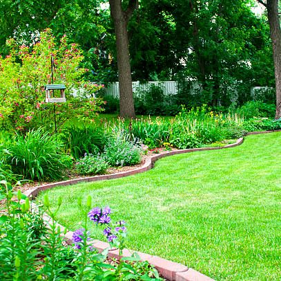 create a beautiful garden bed with these edging ideas