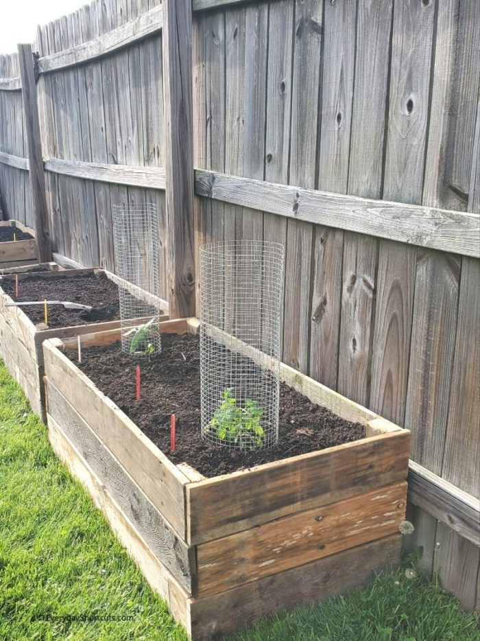 how to build raised garden beds from wood pallets - everyday shortcuts
