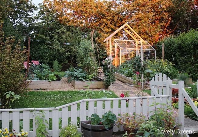 simple tips for how to make a raised garden bed
