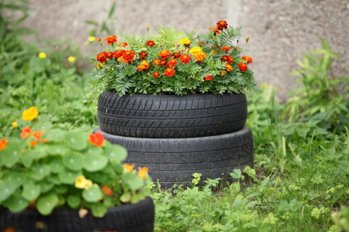painted tire planters and pots - 70 ideas plus a diy guide