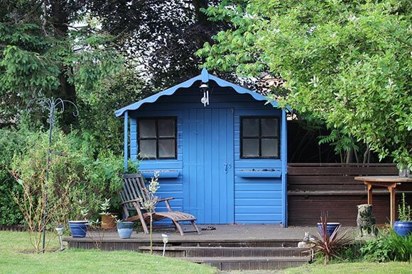 Shed Paint | Which is Best? Guide to Garden Shed Paints