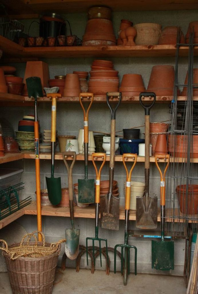 whatare the kitchen tools
