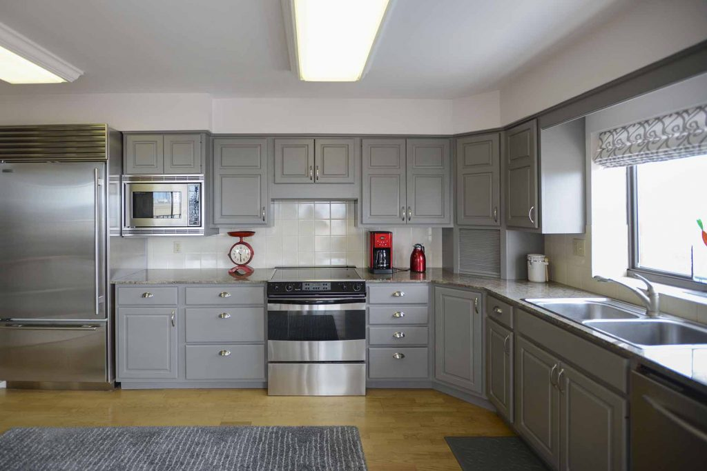 whatpaint for kitchen cupboards
